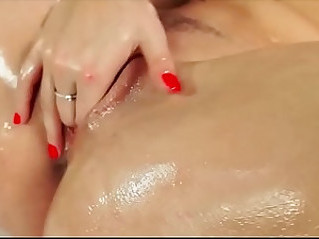 Sexfight domination Tribadism pussy to pussy lesbian sex fight