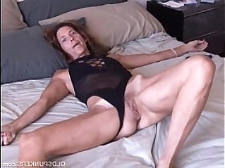 Mature loves it anal