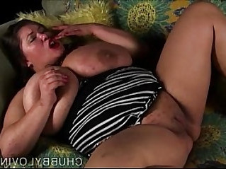 Amazing big tits BBW plays with her juicy pussy for you